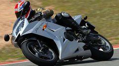 Triumph Daytona 600 - Immagine: 23