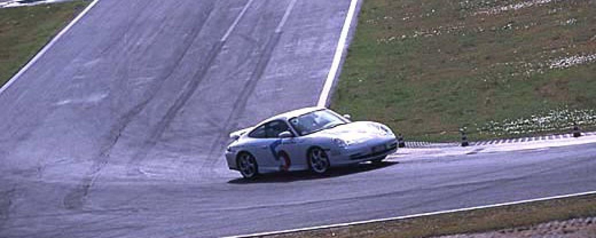 A scuola con le Porsche