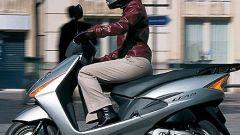 Honda SCV 100 Lead - Immagine: 11
