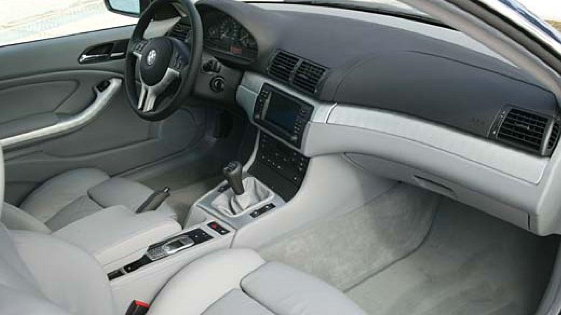 Prova su strada bmw serie 3 2003 coup e cabrio motorbox for Interieur bmw 320d 2000