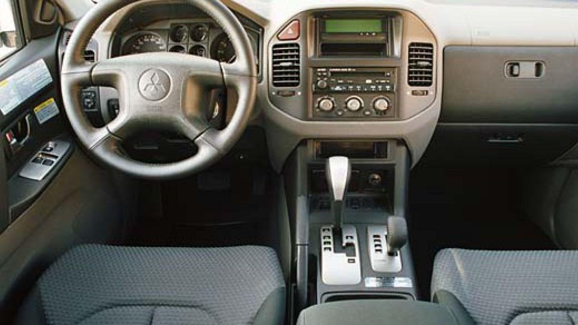 Mitsubishi Pajero my 2003 - MotorBox