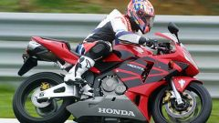 In sella alla: Honda CBR 600 RR - Immagine: 23