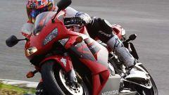 In sella alla: Honda CBR 600 RR - Immagine: 24