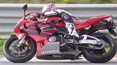 In sella alla: Honda CBR 600 RR - Immagine: 27
