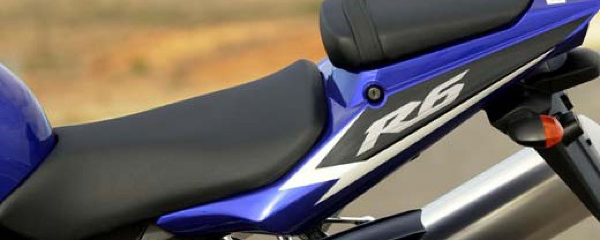 In sella alla Yamaha R6 '03