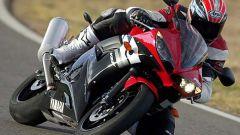 In sella alla Yamaha R6 '03 - Immagine: 21