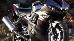 In sella alla Yamaha R6 '03 - Immagine: 32