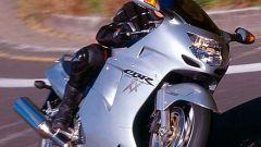 Sport Touring:Honda CBR XX vs Kawasaki ZZ-R - Immagine: 21
