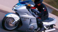 Sport Touring:Honda CBR XX vs Kawasaki ZZ-R - Immagine: 22