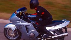 Sport Touring:Honda CBR XX vs Kawasaki ZZ-R - Immagine: 28