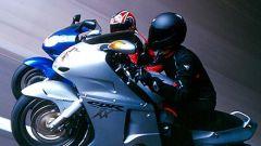 Sport Touring:Honda CBR XX vs Kawasaki ZZ-R - Immagine: 31