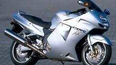 Sport Touring:Honda CBR XX vs Kawasaki ZZ-R - Immagine: 36