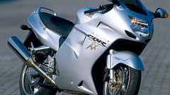 Sport Touring:Honda CBR XX vs Kawasaki ZZ-R - Immagine: 19