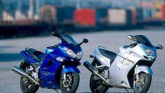 Sport Touring:Honda CBR XX vs Kawasaki ZZ-R - Immagine: 18