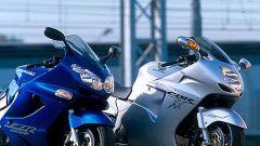Sport Touring:Honda CBR XX vs Kawasaki ZZ-R - Immagine: 2