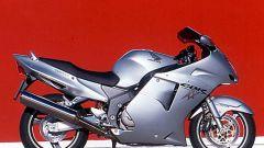 Sport Touring:Honda CBR XX vs Kawasaki ZZ-R - Immagine: 6