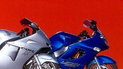 Sport Touring:Honda CBR XX vs Kawasaki ZZ-R - Immagine: 8
