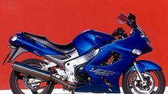 Sport Touring:Honda CBR XX vs Kawasaki ZZ-R - Immagine: 9