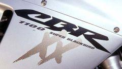 Sport Touring:Honda CBR XX vs Kawasaki ZZ-R - Immagine: 10