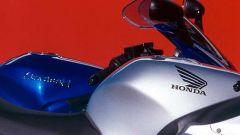 Sport Touring:Honda CBR XX vs Kawasaki ZZ-R - Immagine: 11