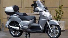 In sella a Aprilia Scarabeo 500 - Immagine: 17