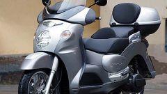 In sella a Aprilia Scarabeo 500 - Immagine: 14