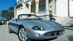 Su strada con la Jaguar XK my 2003 - Immagine: 25