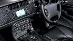 Su strada con la Jaguar XK my 2003 - Immagine: 4