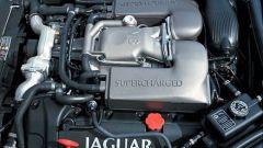 Su strada con la Jaguar XK my 2003 - Immagine: 16
