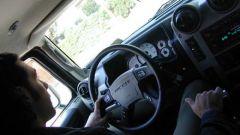 Esclusivo: su strada con l'Hummer H2 - Immagine: 32