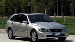 Su strada con la Lexus IS 200 Wagon - Immagine: 24
