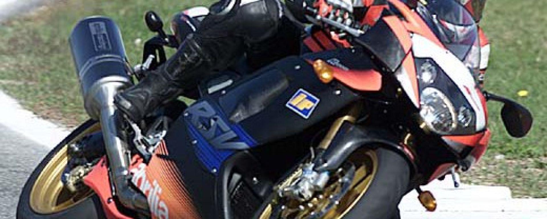 In sella alla Aprilia RSV Mille R 2003