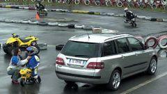 Su strada con la Fiat Stilo Multi Wagon - Immagine: 28