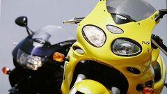 Honda VTR Firestorm vs Triumph Sprint RS - Immagine: 14