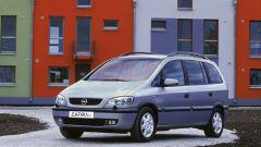 Opel Zafira ecoM - Immagine: 10