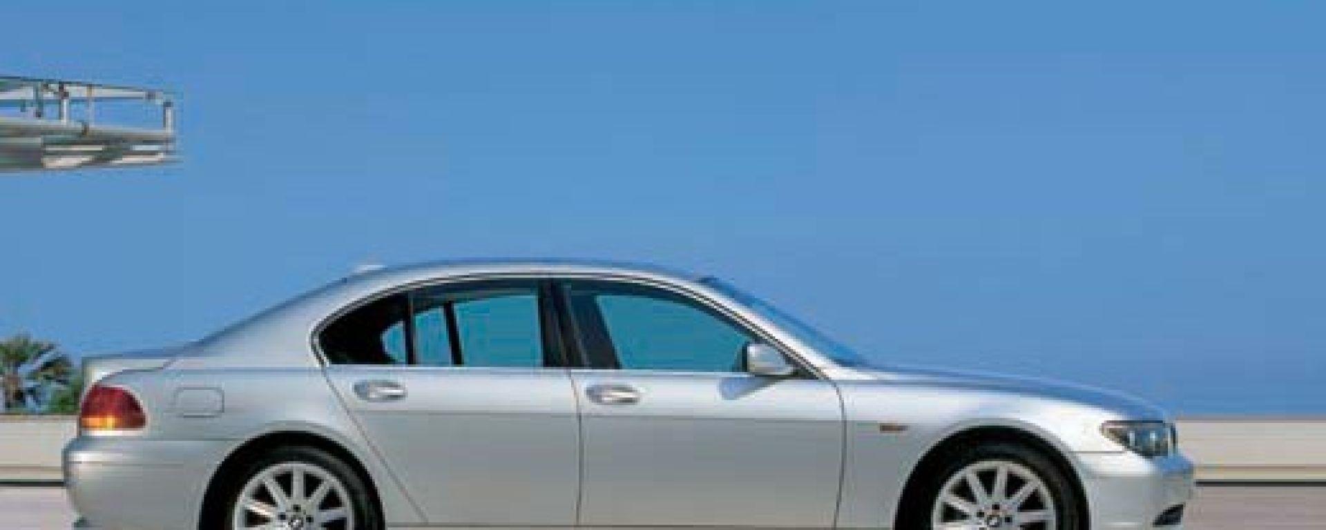 Su strada con la BMW Serie 7 Diesel