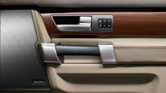 Land Rover Discovery 2010 - Immagine: 3