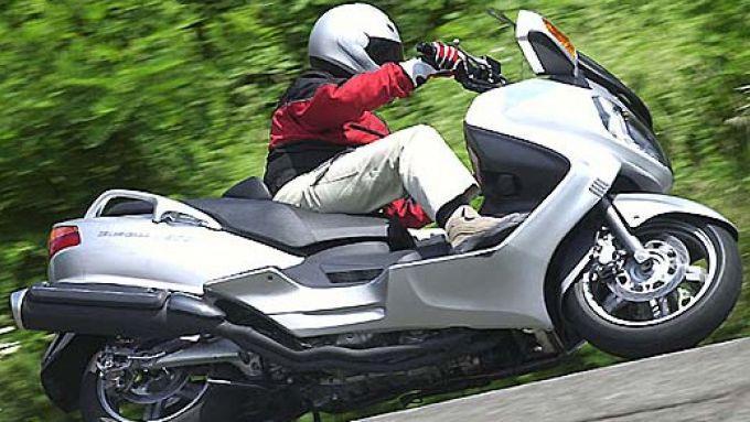 Immagine 12: Suzuki Burgman 650