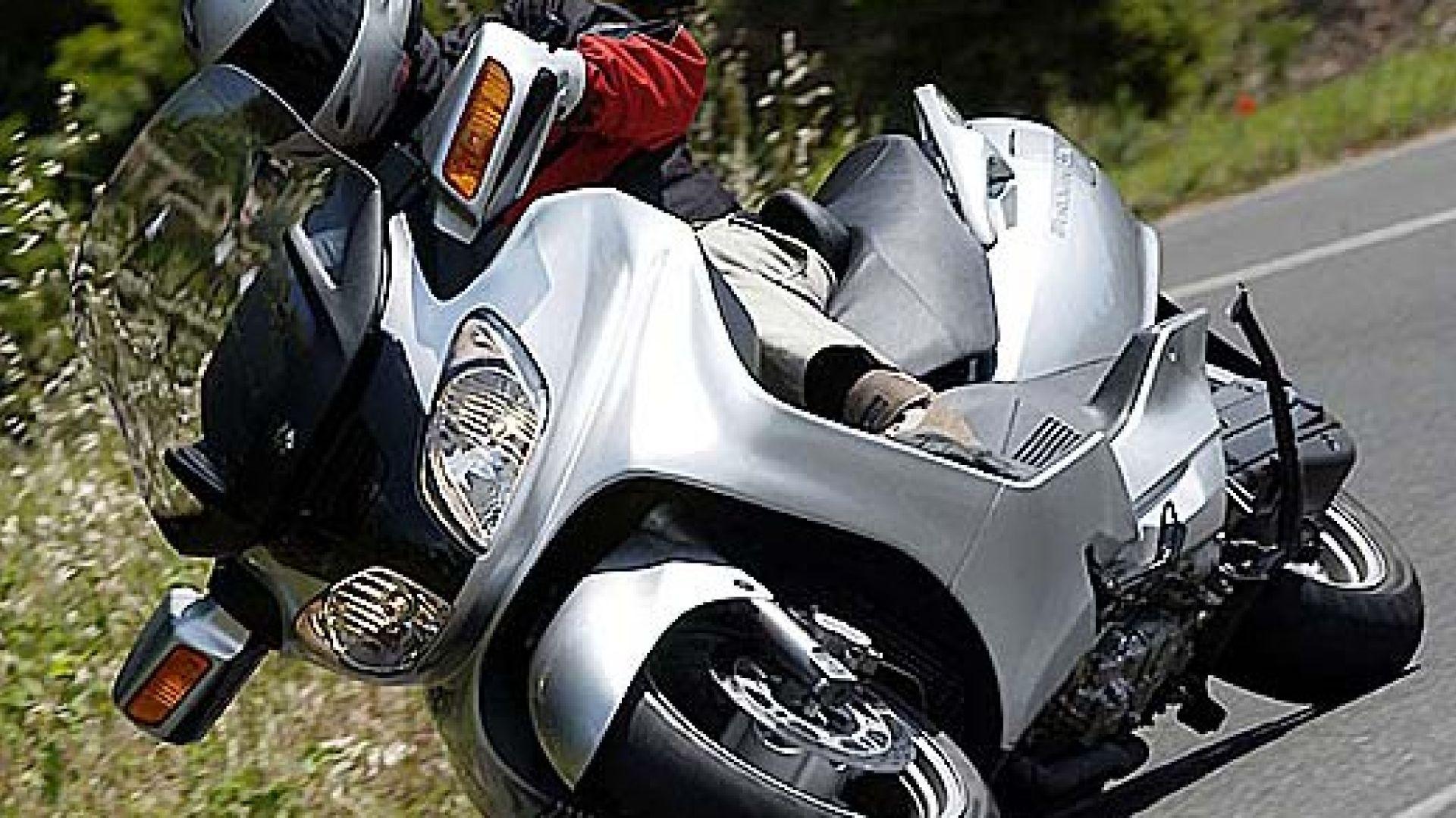 Immagine 7: Suzuki Burgman 650