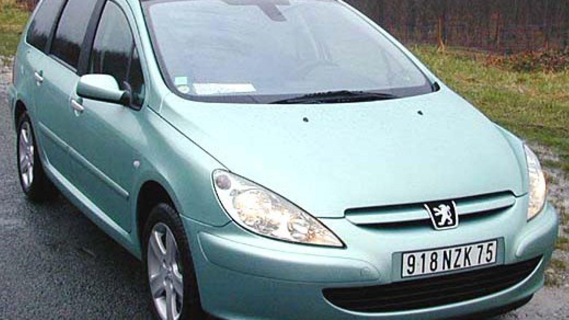 Immagine 4: Su strada con la Peugeot 307 SW