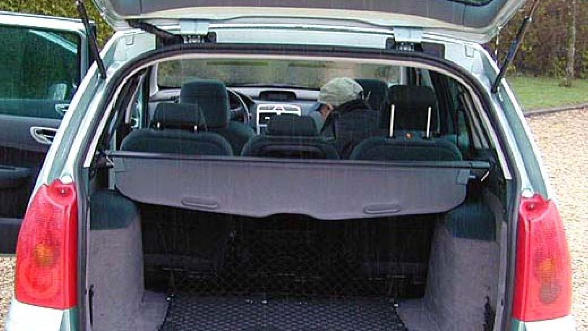 Immagine 6: Su strada con la Peugeot 307 SW