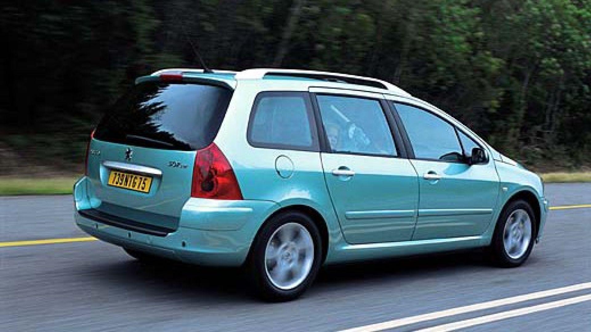 Immagine 15: Su strada con la Peugeot 307 SW