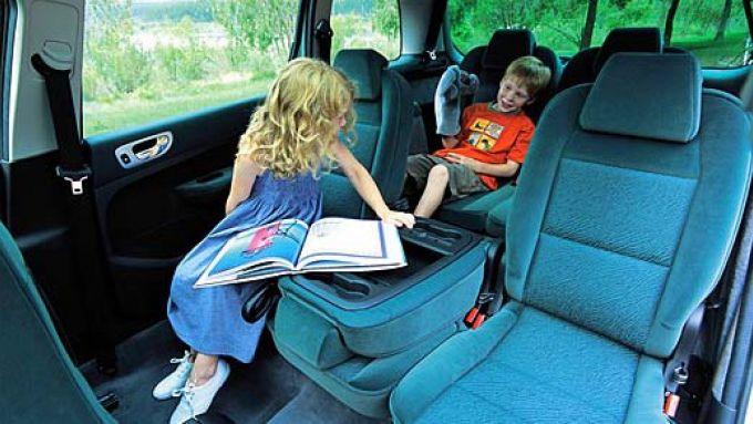 Immagine 23: Su strada con la Peugeot 307 SW