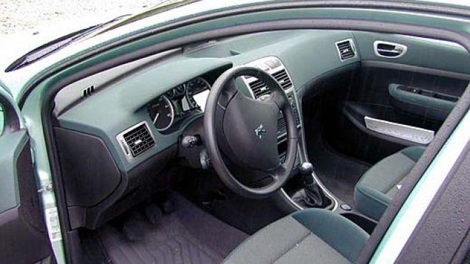 Immagine 30: Su strada con la Peugeot 307 SW