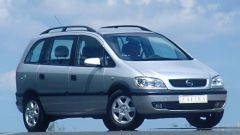Opel Zafira 2.2 DTI 16V - Immagine: 1