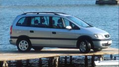 Opel Zafira 2.2 DTI 16V - Immagine: 19