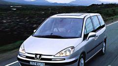 Su strada con la Peugeot 807 - Immagine: 14