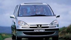 Su strada con la Peugeot 807 - Immagine: 13