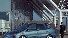 Nissan Almera Tino 2200 TD - Immagine: 7
