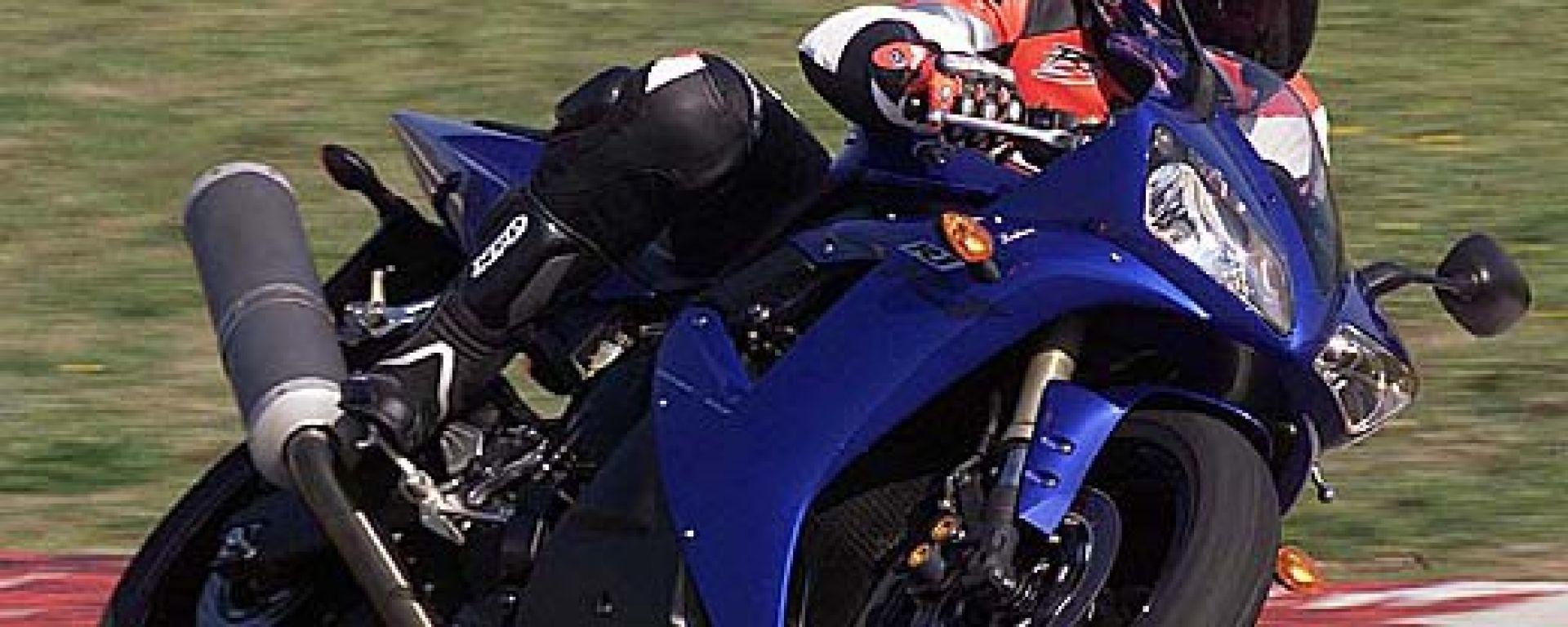 Yamaha R1 my 2002